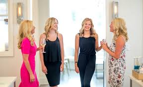 ten friends the ultimate blow dry and style house experience