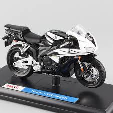 honda cbr motorbike 1 18 scale mini maisto honda cbr cbr1000rr fireblade motorcycle