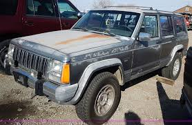 wrecked jeep cherokee 1990 jeep grand cherokee laredo suv item i9382 sold mar