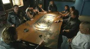 Sons Of Anarchy Meeting Table Kurt Sutter Gives A Look Inside The Mayans Mc Clubhouse