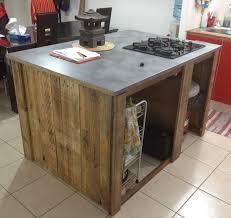 cuisine en palette bois ilot central cuisine bois cuisine laque blanche avec ilot