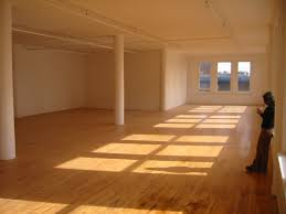 Bamboo Flooring Vs Laminate A Side By Side Comparison Bamboo And Wood Flooring Bamboo Vs