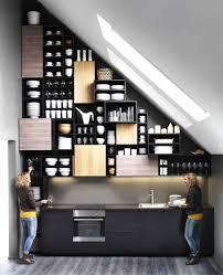 cuisine sous pente une cuisine sous les combles c est possible rêve de combles