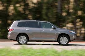 2013 toyota highlander limited accessories 2013 toyota highlander hybrid reviews and rating motor trend