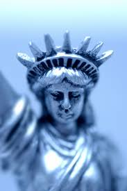 what do the seven spikes on the statue of liberty u0027s crown