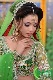 bridal mehndi dresses makeup and hairstyles