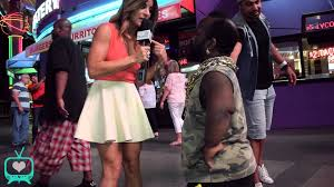 Kitchen Crashers Alison Victoria by Alison Victoria Visits Fremont Street Performers Youtube