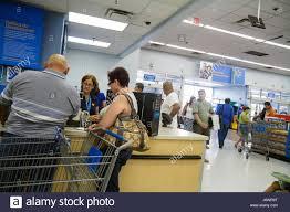 Customer Service Desk Miami Florida Wal Mart Walmart Shopping Customer Service Desk