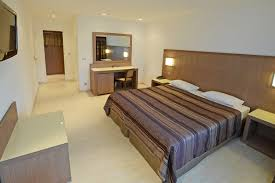 chambres d hôtel à calvi dormir à calvi