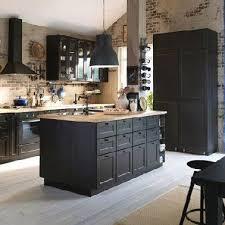 cuisine avec brique cuisine avec ilot ikea et murs en brique kitchens cuisine