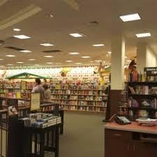 Barnes And Nobles Upper West Side Barnes U0026 Noble 52 Photos U0026 46 Reviews Bookstores 1400 Glades
