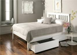 Slate Bed Wood Queen Bed Frame 17 Best Ideas About Wooden King Size Bed On
