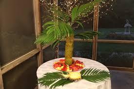pineapple palm tree centerpiece ideas make special