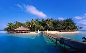 maldives island beach bridge house trees sky sea 2560x1600