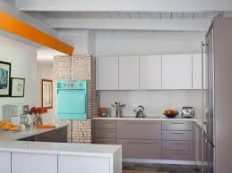 Laminate Kitchen Cabinets Pictures  Ideas From HGTV HGTV - Laminate kitchen cabinets