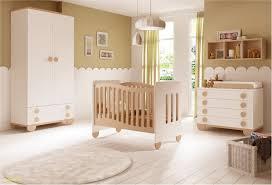 chambre pour une nuit chambre de bébé mixte gioco avec lit et armoire glicerio so nuit