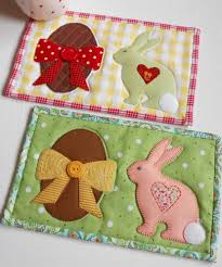 Easter Table Decorations by 37 Cool Easter Table Runner Ideas Table Decorating Ideas