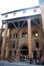 a casa bologna file casa isolani bologna jpg wikimedia commons
