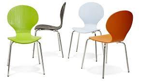 chaises cuisine chaise ées 60 verte design sympathique chaise assise bois
