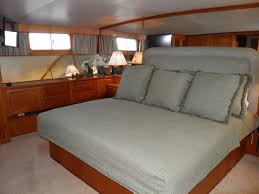 Houseboat Rental Near Los Angeles Bed And Boat Yacht Rental Los Angeles Bed And Boat