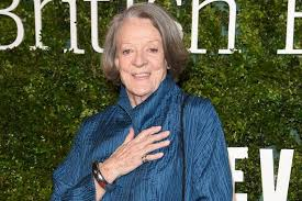 downton abbey u0027s maggie smith and how she became the dame who shuns