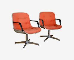 steelcase bureau paire de fauteuils de bureau steelcase strafor vintage ées 70