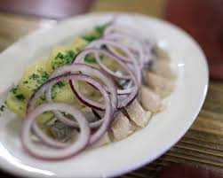 comment cuisiner le hareng recette salade de pommes de terre et harengs