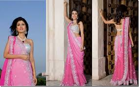 Drape A Sari Latest Styles Of Wearing Sarees Latest Saree Draping Style For