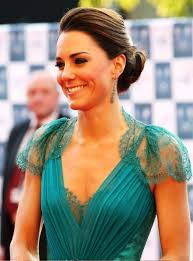 pictures of kate middleton low loose bun hairstyles for wedding