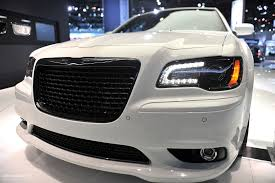 nyias 2011 chrysler 300 srt8 live photos autoevolution