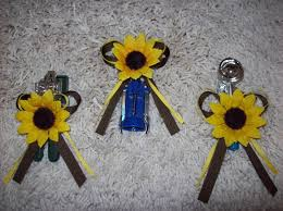sunflower wedding favors sunflower wedding favor box and magnet set flowers reception