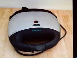 Easy Clean Toaster Small Kitchen Appliances For Sale In Hastings Friday Ad