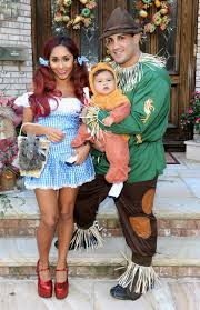 Newborn Family Halloween Costumes by 17 Best Celebrity Halloween Costumes Images On Pinterest