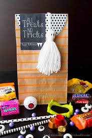 free printable halloween tags my name is snickerdoodle halloween treat bags with a free