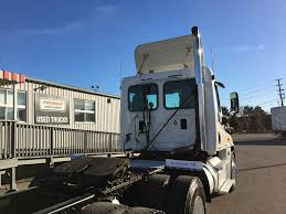 2011 used freightliner cascadia dealer certified warranty