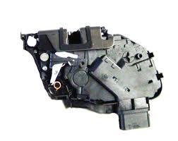 ford focus door handle parts ford focus rear door lock latch mechanism rh 2004 2008 parts