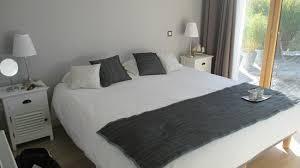 refaire chambre trèsss grand lit dans la chambre là je venais de le refaire il