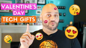 best tech valentines gifts for him 6 valentine u0027s day gifts for