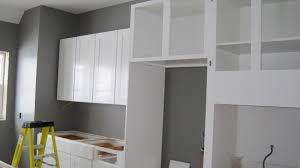 White Kitchen Cabinets With Gray Walls I Married A Tree Hugger Kitchen Is In Columns Are Up