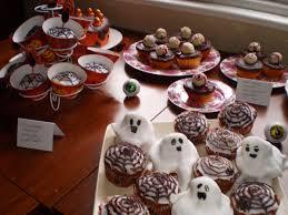 bat cakes halloween bat cupcakes peeinn com
