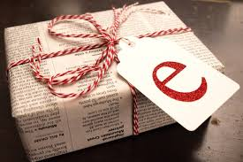 cheap easy and eco friendly ways to wrap christmas gifts