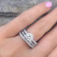 Halo Wedding Rings by Solitaire Vs Halo Engagement Rings Raymond Lee Jewelers