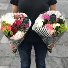 fresh flower delivery bakersfield florist flower delivery by house of flowers