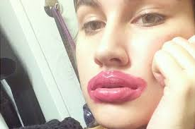 Big Lips Meme - kylie jenner s big lips were the go to for halloween