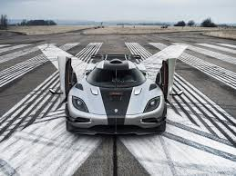 koenigsegg cream agera one 1