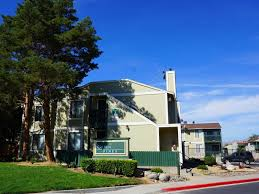 Reno Green Landscaping by Green Pines Apartments Reno Nv 89512