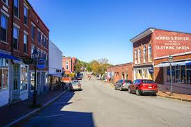 cute towns 8 reasons to fall in love with maine