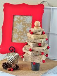 diy burlap canvas christmas tree craft o maniac