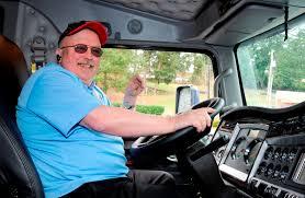 kenworth northwest retiree u0027s gift buys kenworth truck for children u0027s foundation