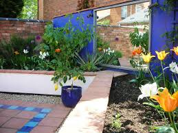 Mediterranean Design Style Lovely Mediterranean Garden Design About Home Decoration For
